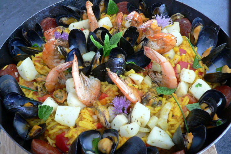 Paella aux fruits de mer