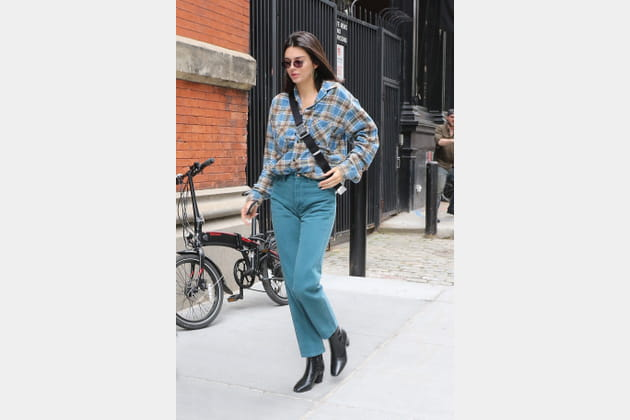 Kendall Jenner en chemise style bûcheron