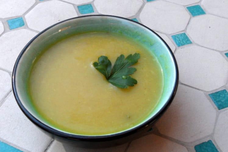 Soupe courgette et curry