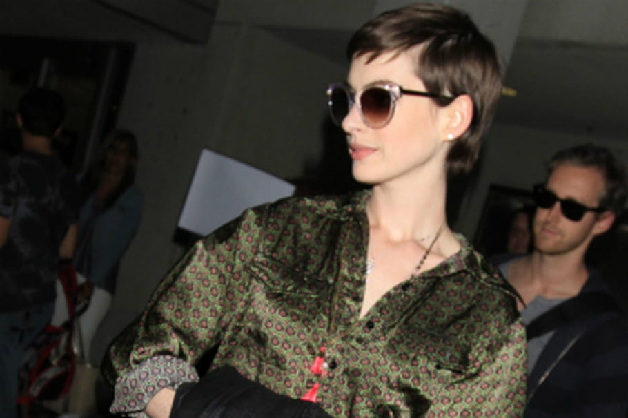 Valentino dessine la robe de mariée d'Anne Hathaway