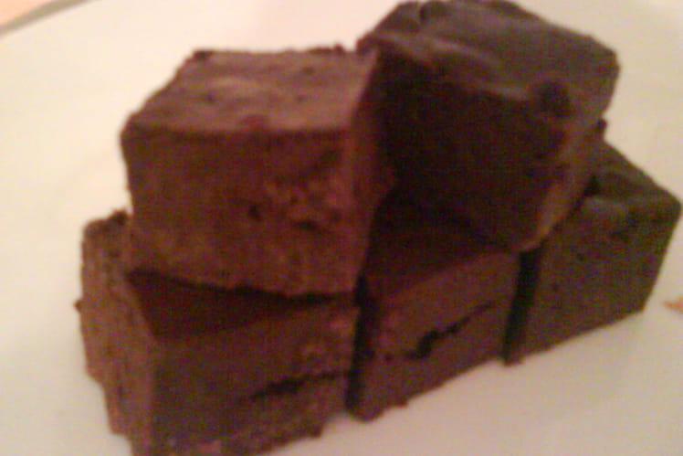 Fondant au chocolat minute sans beurre et au micro-ondes