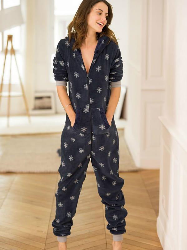 combinaison pyjama flocons de r edition chez la redoute. Black Bedroom Furniture Sets. Home Design Ideas