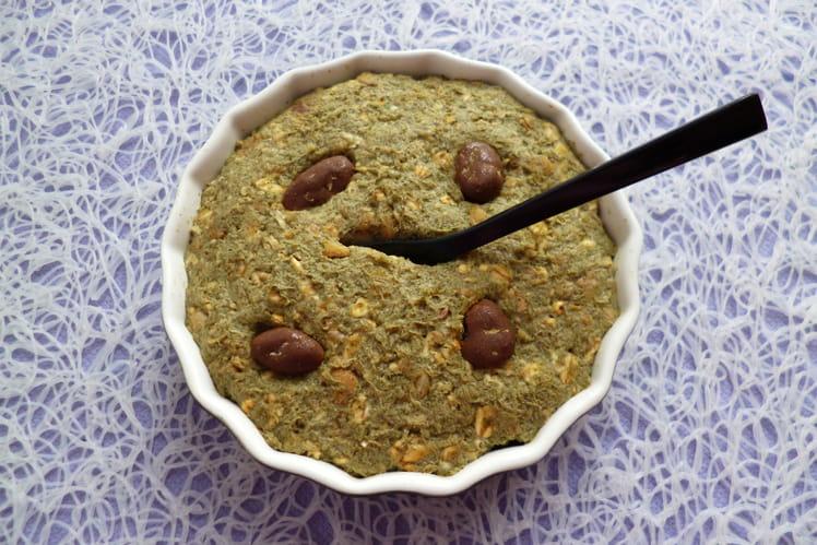 Gâteau cru au Moringa avec muesli chocolat-son d'avoine et psyllium