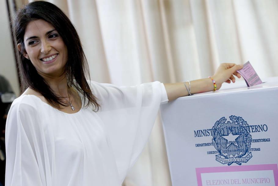 Virginia Raggi, première femme élue maire de Rome