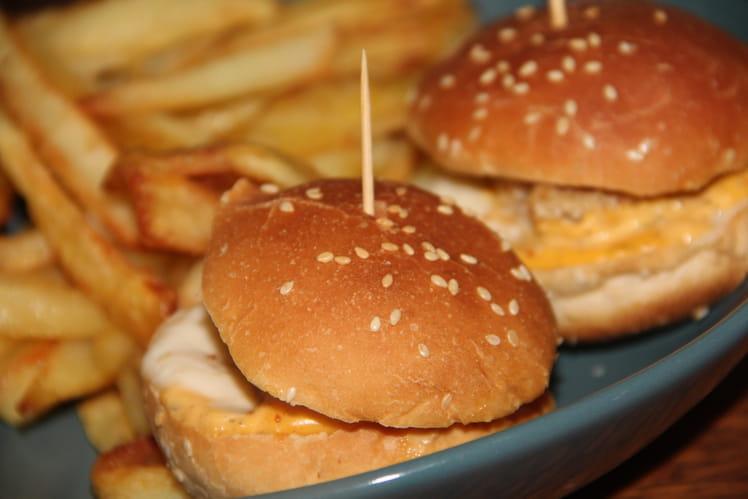 Mini hamburgers au poulet sauce à l'américaine
