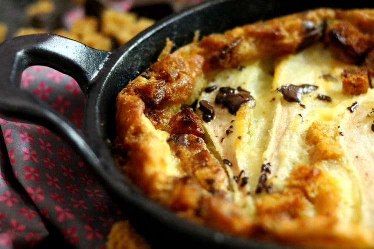 Clafoutis poire, chocolat et pain d'épices