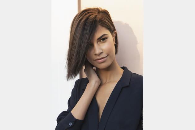 Coupe De Cheveux Femme Carré Plongeant Asymétrique