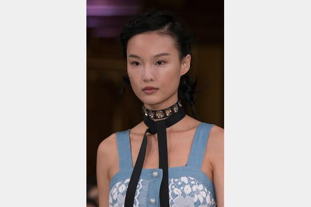 Huishan Zhang (Close Up) - photo 14