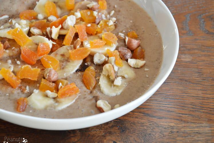 Porridge au quinoa et aux noisettes