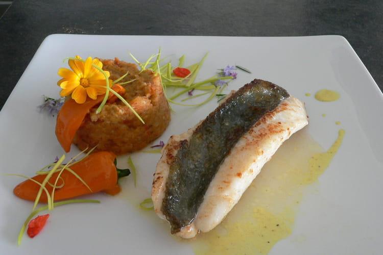 Filets de saint pierre ,compotée de légumes ,poivron ,sauce au curry doux