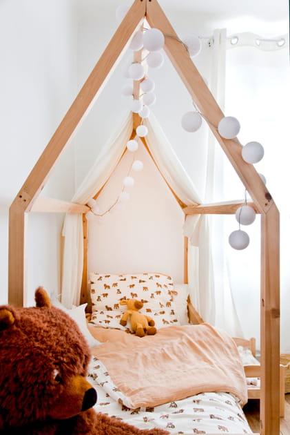 Ciel de lit cabane