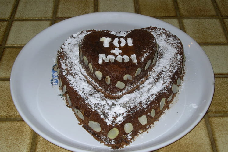 Coeur fondant au chocolat croquant aux amandes