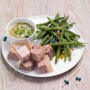 bouchées de tête de veau et salade de haricots verts