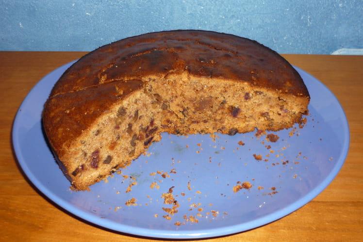 Cake au potiron, dattes, noix et cannelle