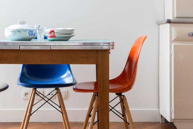 Une salle à manger simple et pop