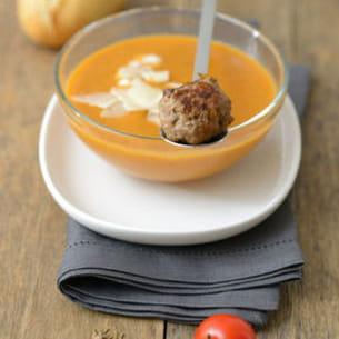 velouté de tomate et aubergine et boulettes de boeuf