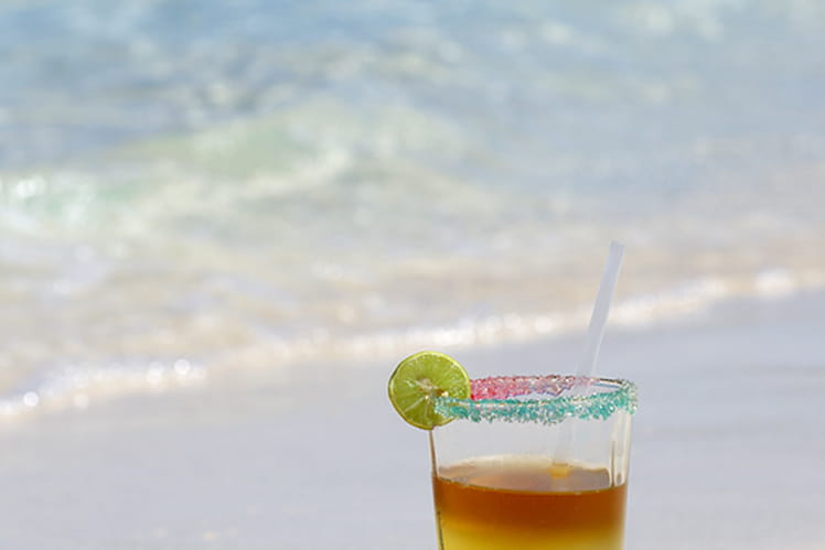 Cocktail haïtien à l'orange, au rhum et curaçao