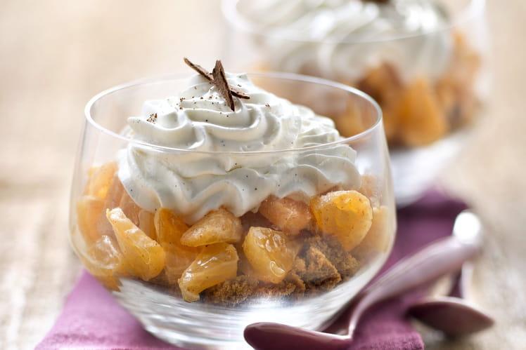Verrines de tartare de Clemensoon® à la cannelle, concassé de spéculoos et chantilly vanillée