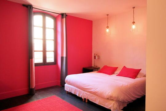 Un barr me en rose bonbon - Chambre couleur framboise ...