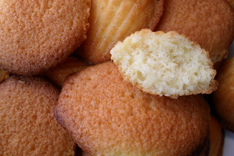 Madeleines au beurre moelleuses