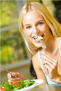 l'alcool et les repas riches en graisses augmentent le nombre de réveils pendant