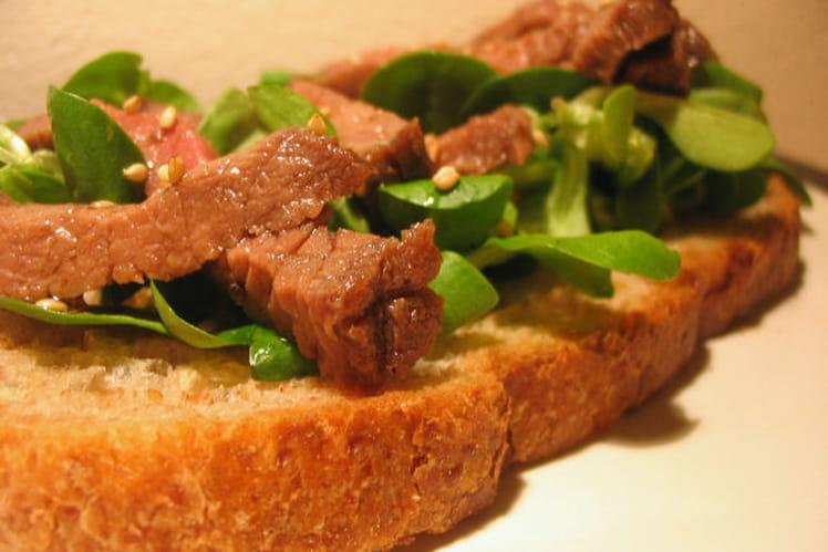 Tartines de bœuf asiatiques