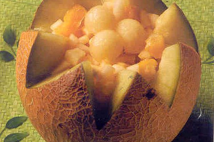 Melon surprise aux fruits