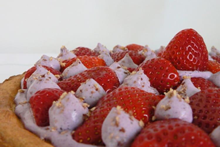 Tarte aux fraises et aux noisettes