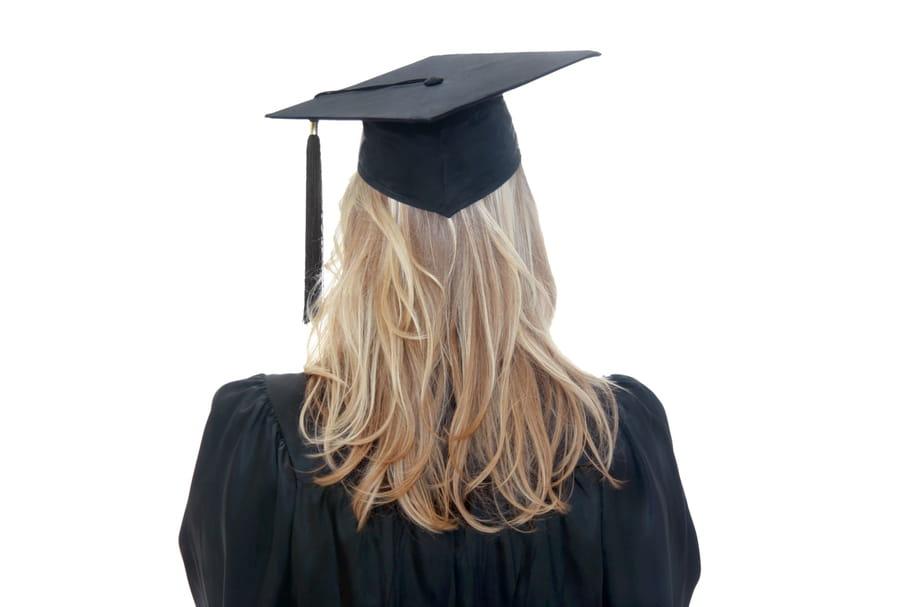 Les femmes, plus diplômées que leurs compagnons