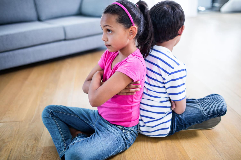 Frères et soeurs: 10trucs pour qu'ils arrêtent de se disputer