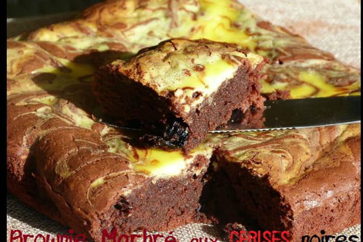Brownies marbré aux cerises noires