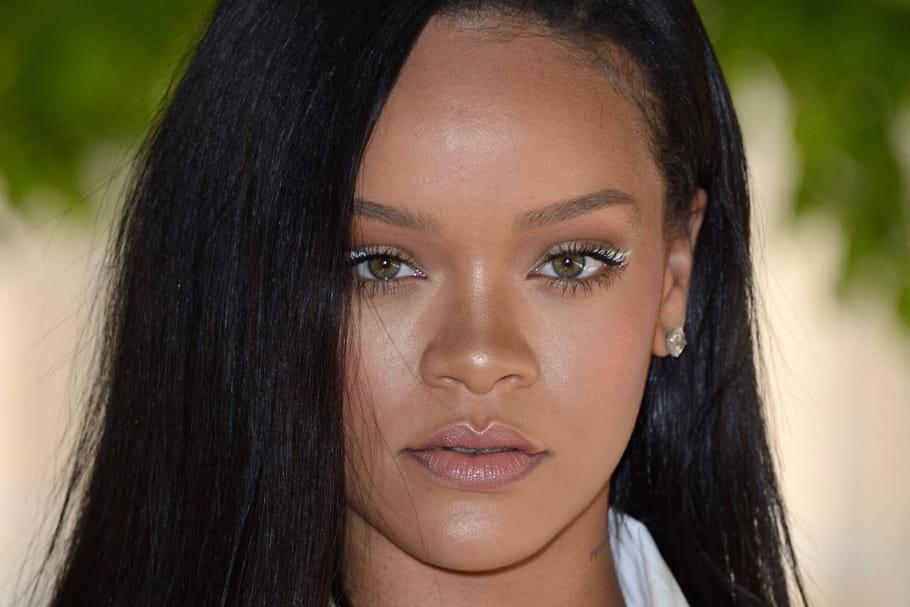 Rihanna créé le buzz avec sa nouvelle coupe mulet tendance