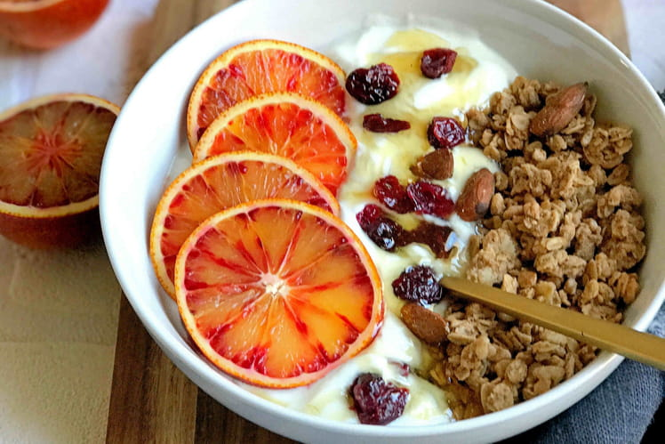 Healthy Bowl de fromage blanc, cranberries, orange sanguine et miel
