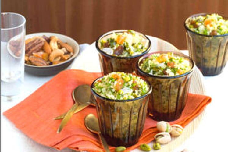 Taboulé aux herbes, fruits secs et pistache