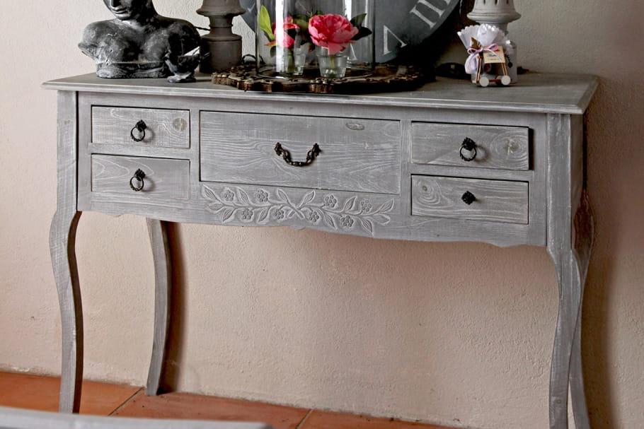 C ruser un meuble - Relooker un meuble vernis ...