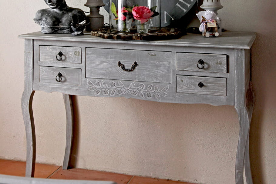 c ruser un meuble. Black Bedroom Furniture Sets. Home Design Ideas