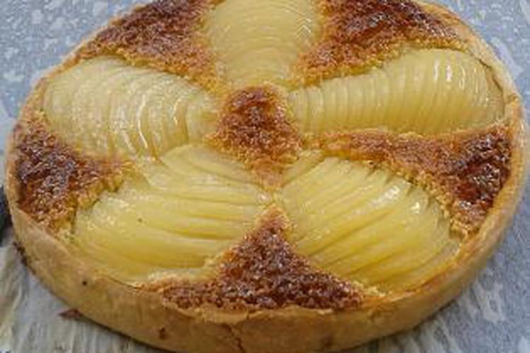Tarte Bourdaloue aux poires pochées