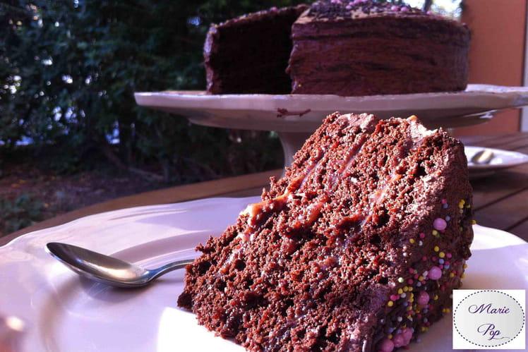 Layer cake au chocolat et caramel