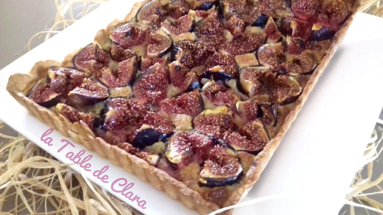 recette de tarte aux figues et poudre d 39 amandes. Black Bedroom Furniture Sets. Home Design Ideas