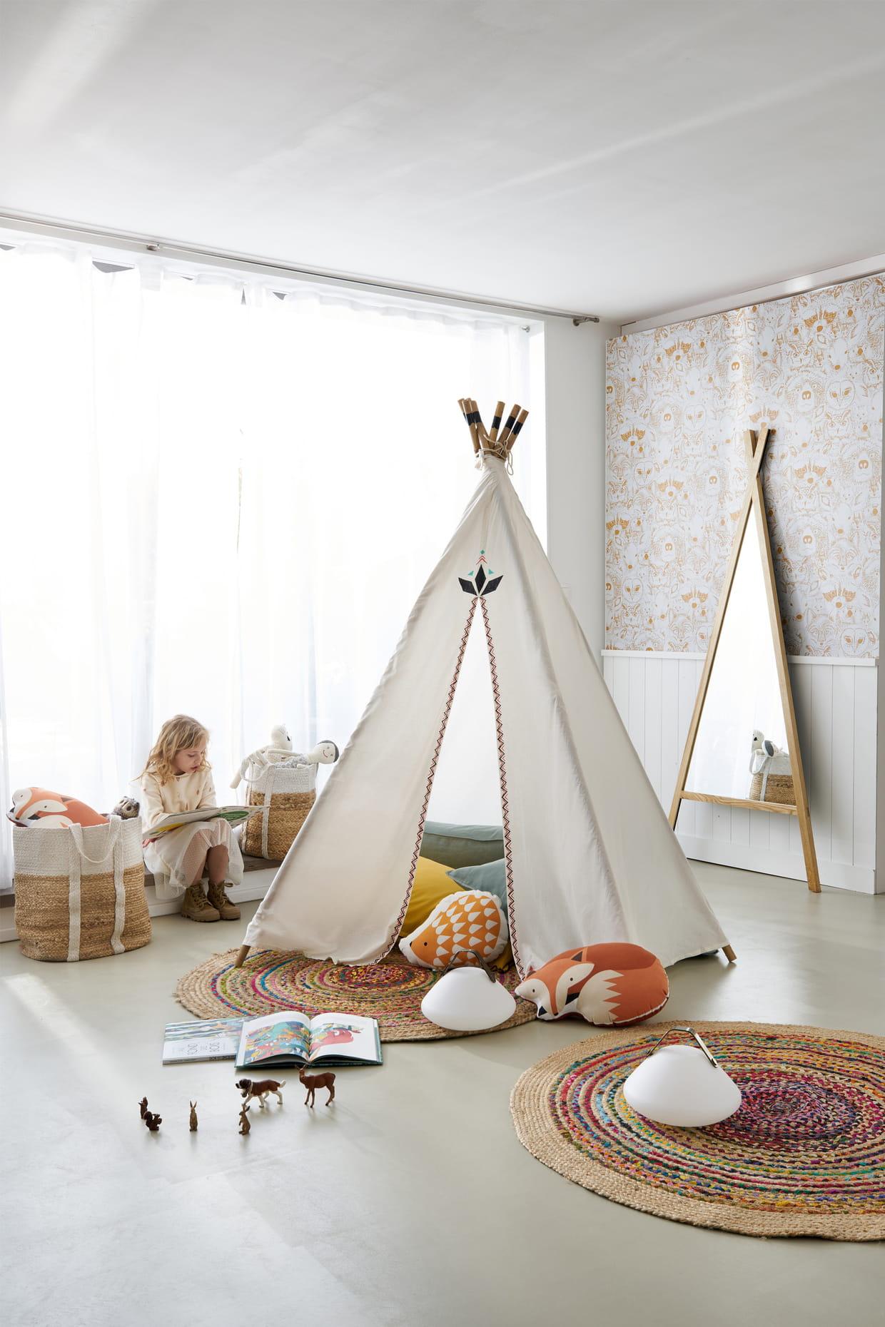 tipi paduka d 39 am pm. Black Bedroom Furniture Sets. Home Design Ideas