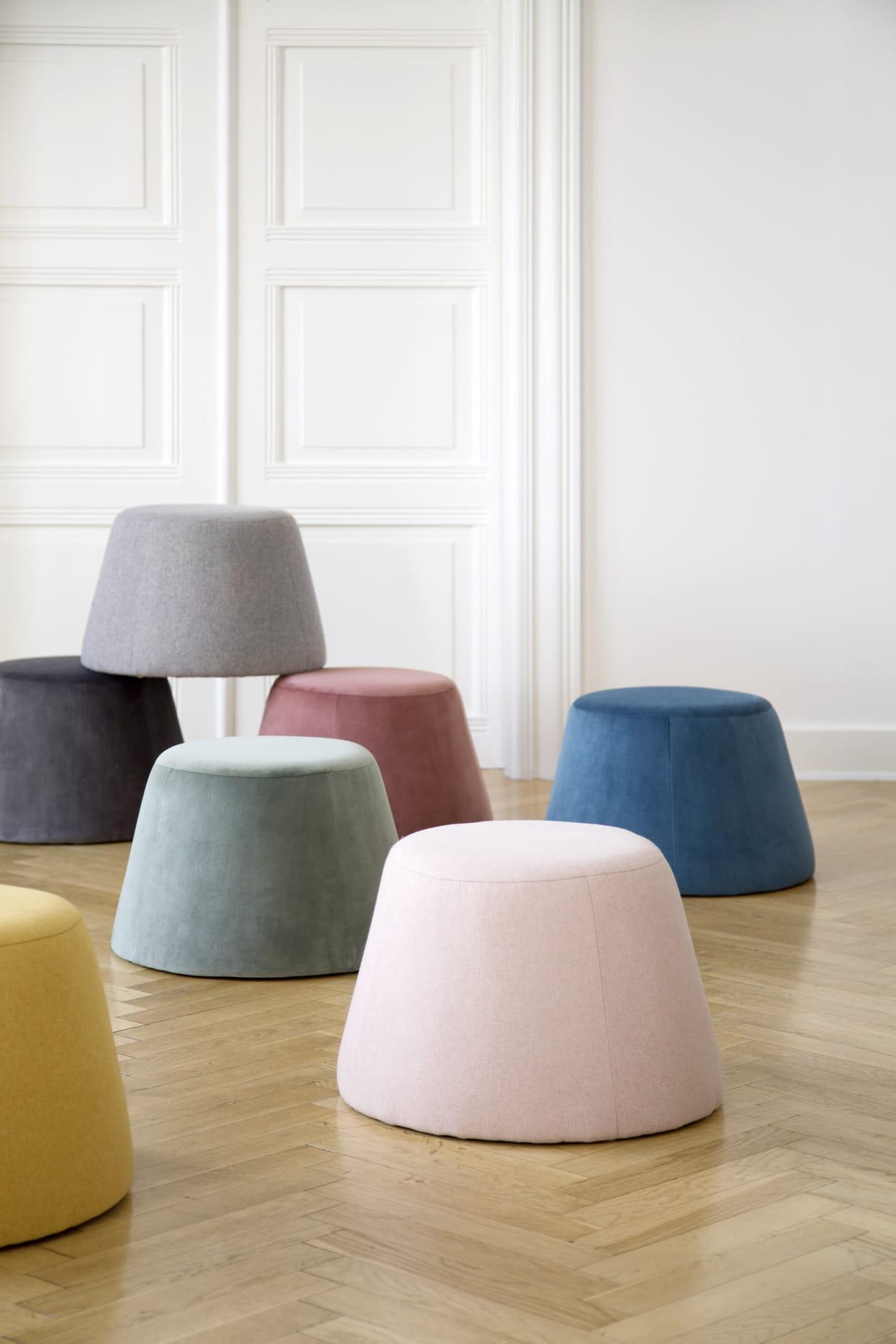 pouf. Black Bedroom Furniture Sets. Home Design Ideas