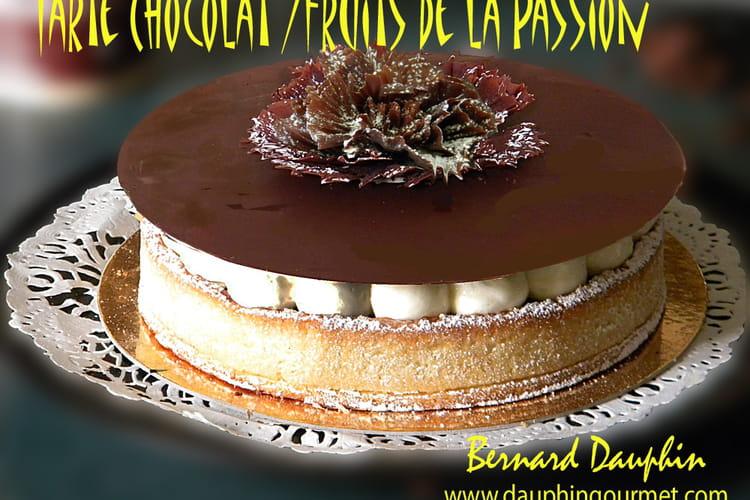 Tarte au chocolat et aux fruits de la passion