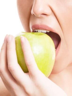 deux pommes ne dépassent pas 100 kcal.