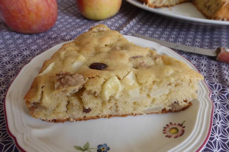 Moelleux aux pommes, noix et raisins secs