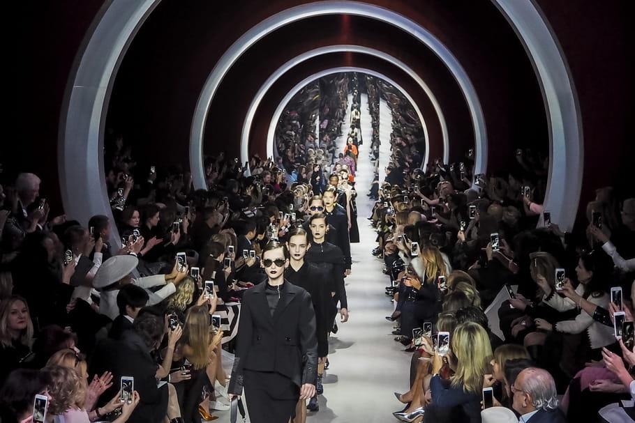Fashion week Paris automne-hiver 2017-2018: le calendrier des défilés