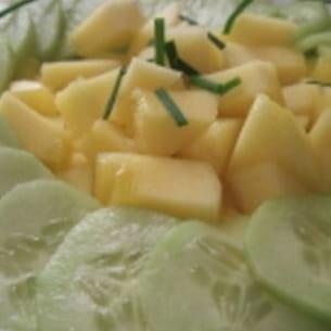salade de concombre et légende