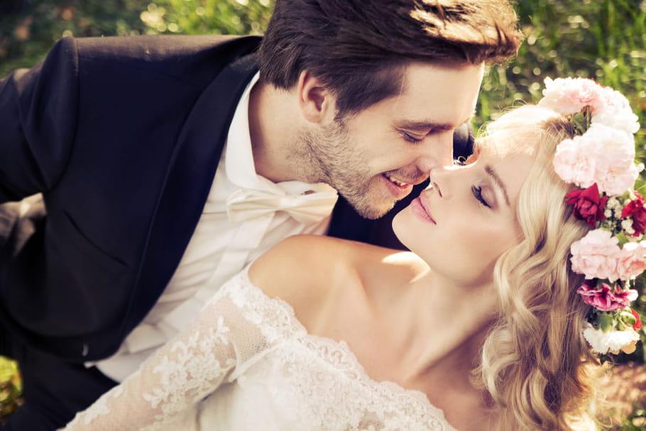 Quelle décoration pour un thème de mariage romantique ?
