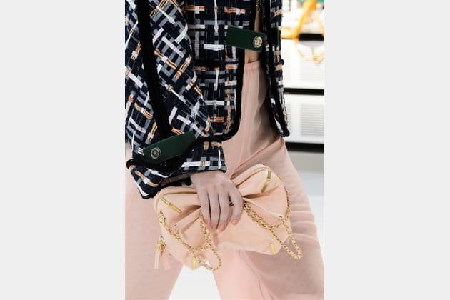 Chanel (Close Up) - photo 16