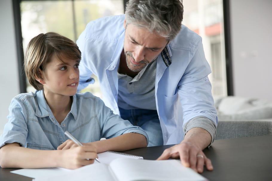 Collège: et si on supprimait les devoirs à la maison?