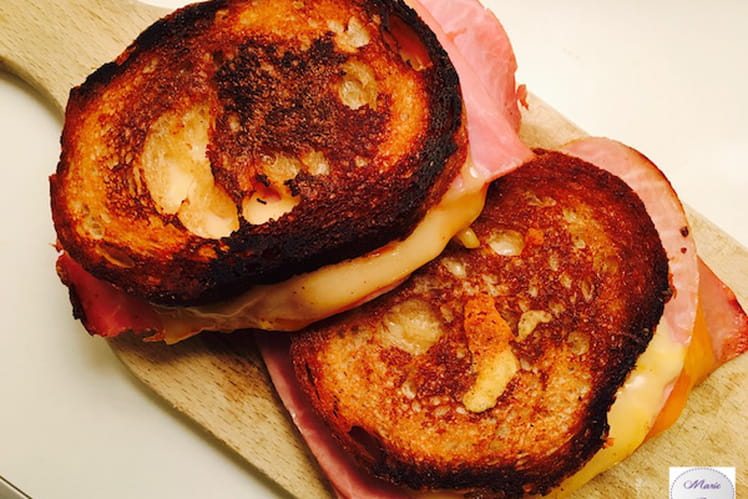 Grilled Cheese Jambon Cheddar